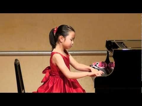 Beethoven Waldstein 1st mvt (8years old) - 8-year-old Yuja
