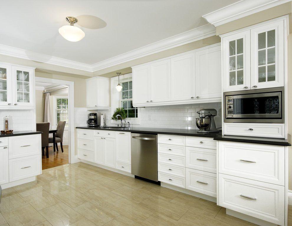 Kitchen cabinet crown molding ideas kitchen traditional