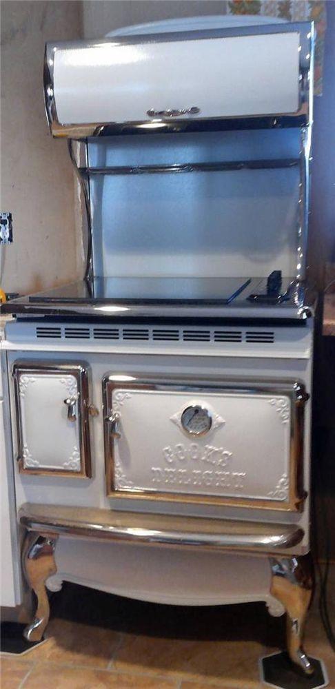 Elmira Stoveworks White Electric Range Smooth Top Stove Oven Chrome Retro  EUC