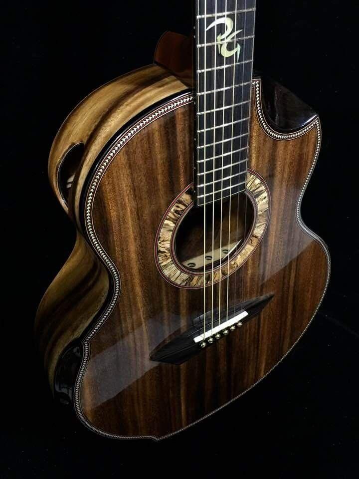 beautiful guitar guitars guitare basse musique guitare musique. Black Bedroom Furniture Sets. Home Design Ideas