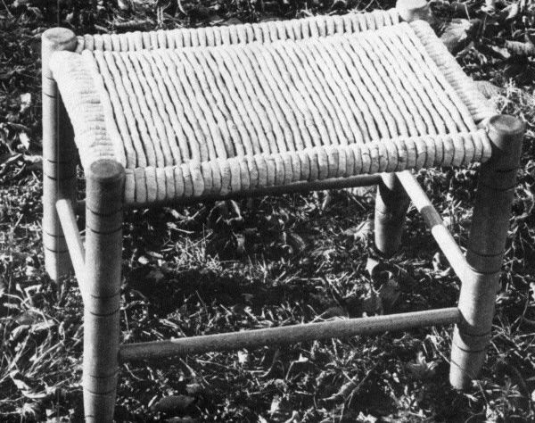 Learn the lost craft of making chair seats from corn shucks.