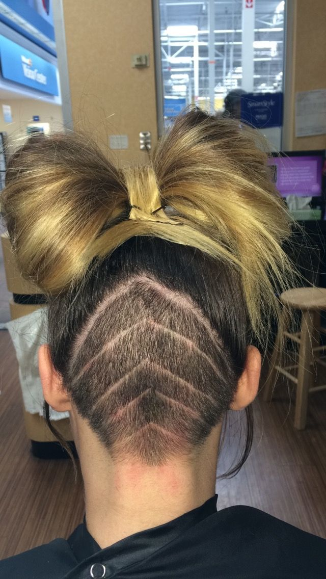 undercuts with designs @ Smartstyle salon!