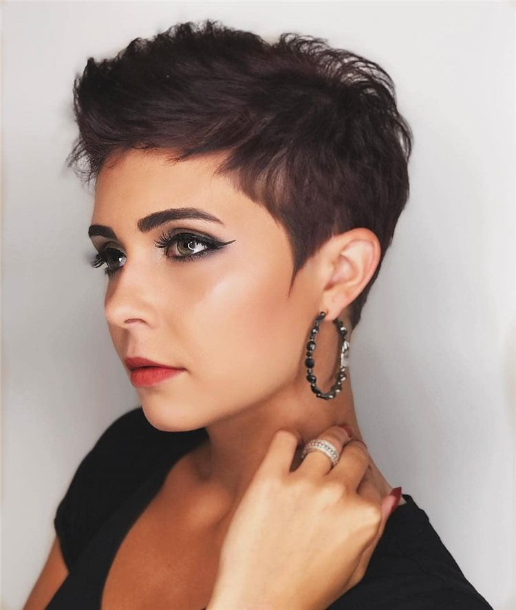 25+ Short Edgy Pixie Cuts and Hairstyles Latest Fashion Trends for Women sumcoco.com #pixiehairstyles