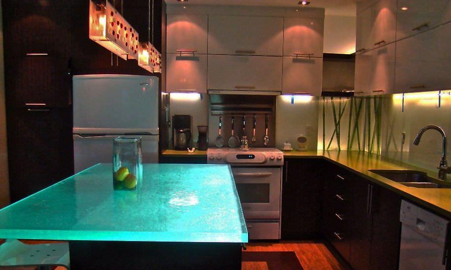 Glas Arbeitsplatte Island Light Think Glass Garage Apartment Ideas