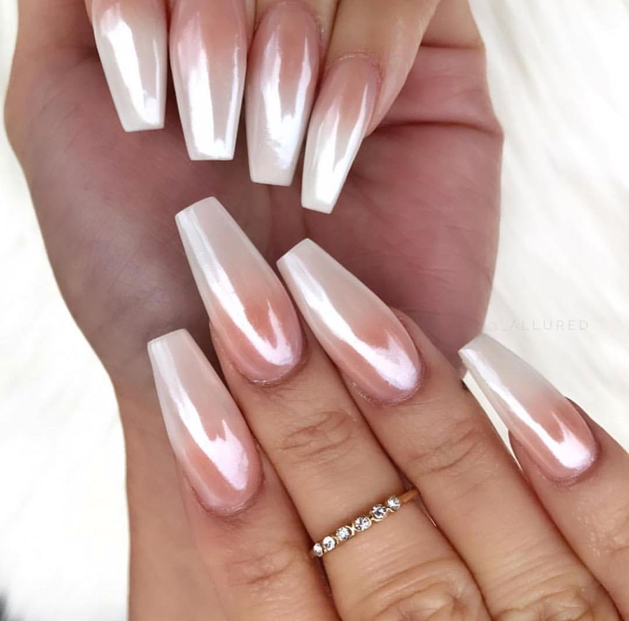 Gorgeous Ombre Pink And White With Chrome Ombre Chrome Nails Chrome Nail Polish White Tip Nails