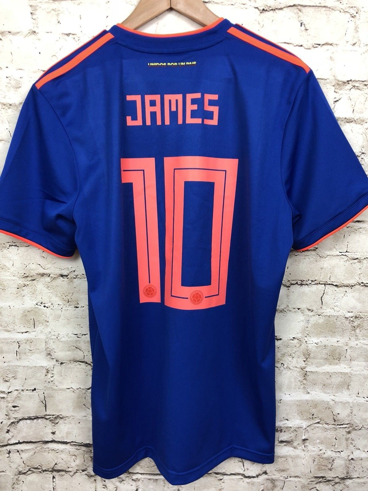 Adidas Colombia James Soccer Jersey Large 2018 World Cup Away New Authentic  Discount Price 129.00 Free Shipping Buy it Now f68367269