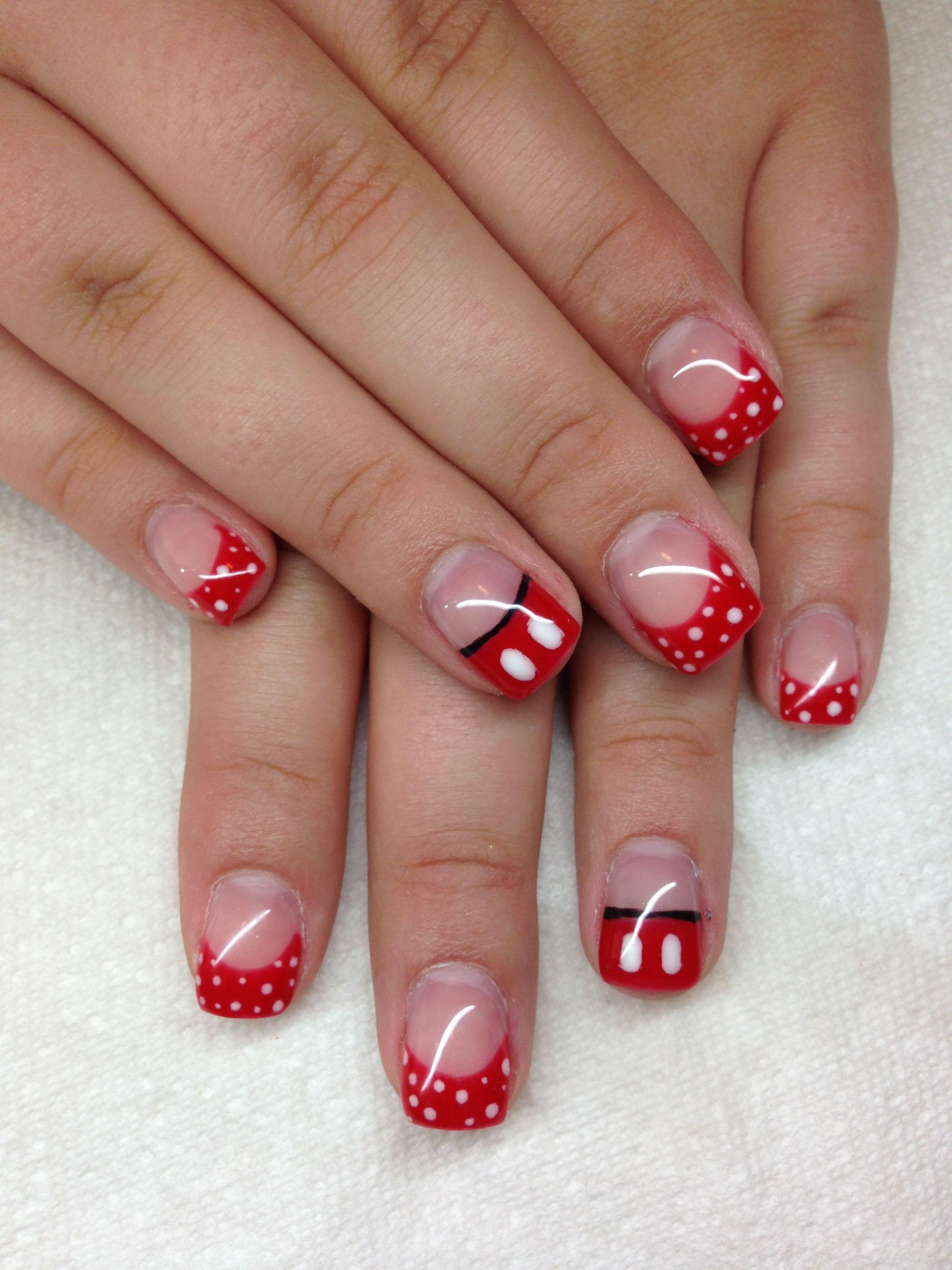 Gel nails with hand drawn design using gel By Melissa Fox