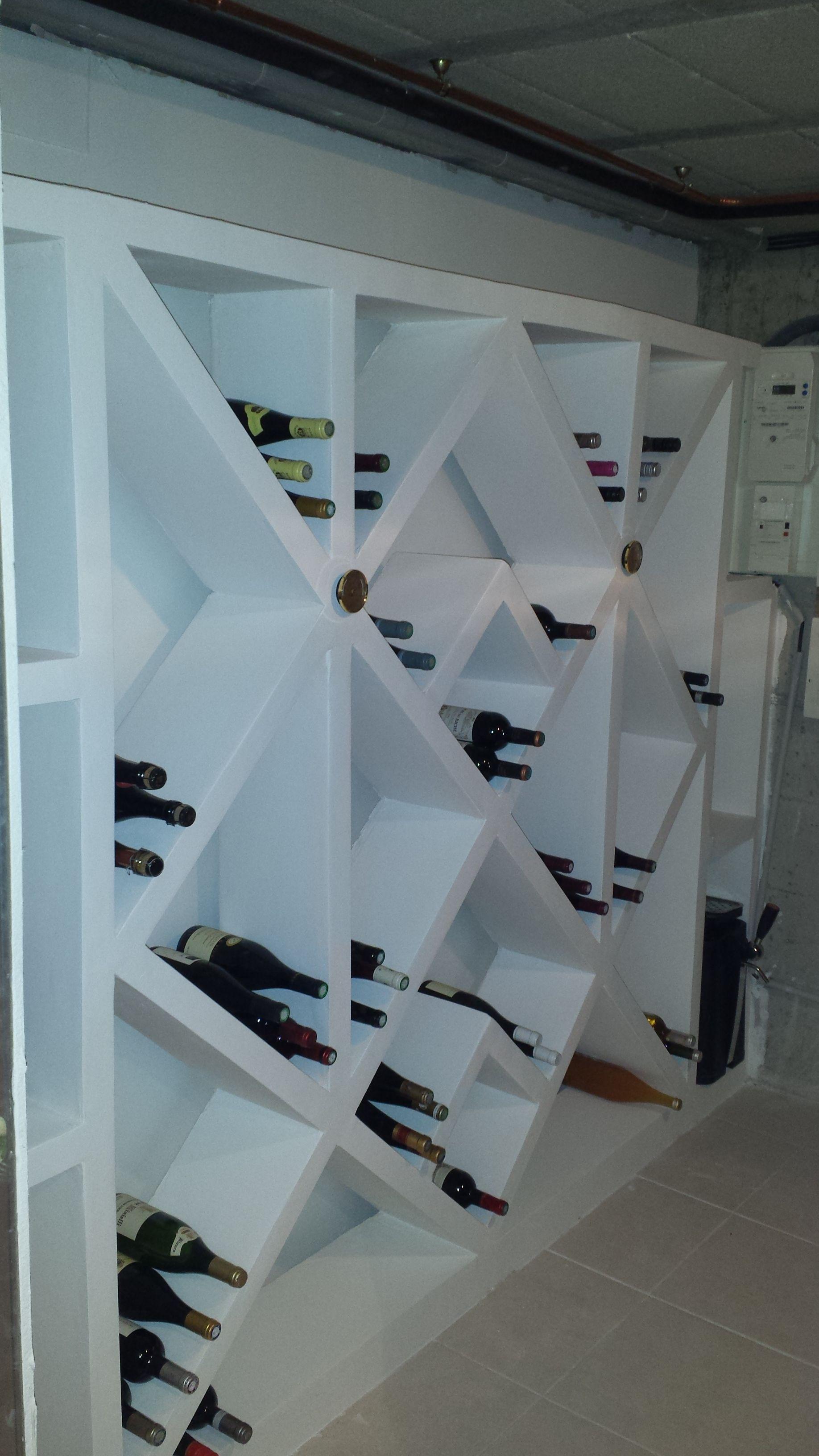 r alisation d 39 une cave vin en beton cellulaire bosch rangements en 2019 pinterest. Black Bedroom Furniture Sets. Home Design Ideas