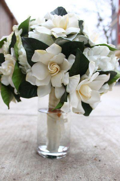Oh My Gosh I Want This Gardenia Bouquet Gardenia Wedding Wedding Flower Arrangements