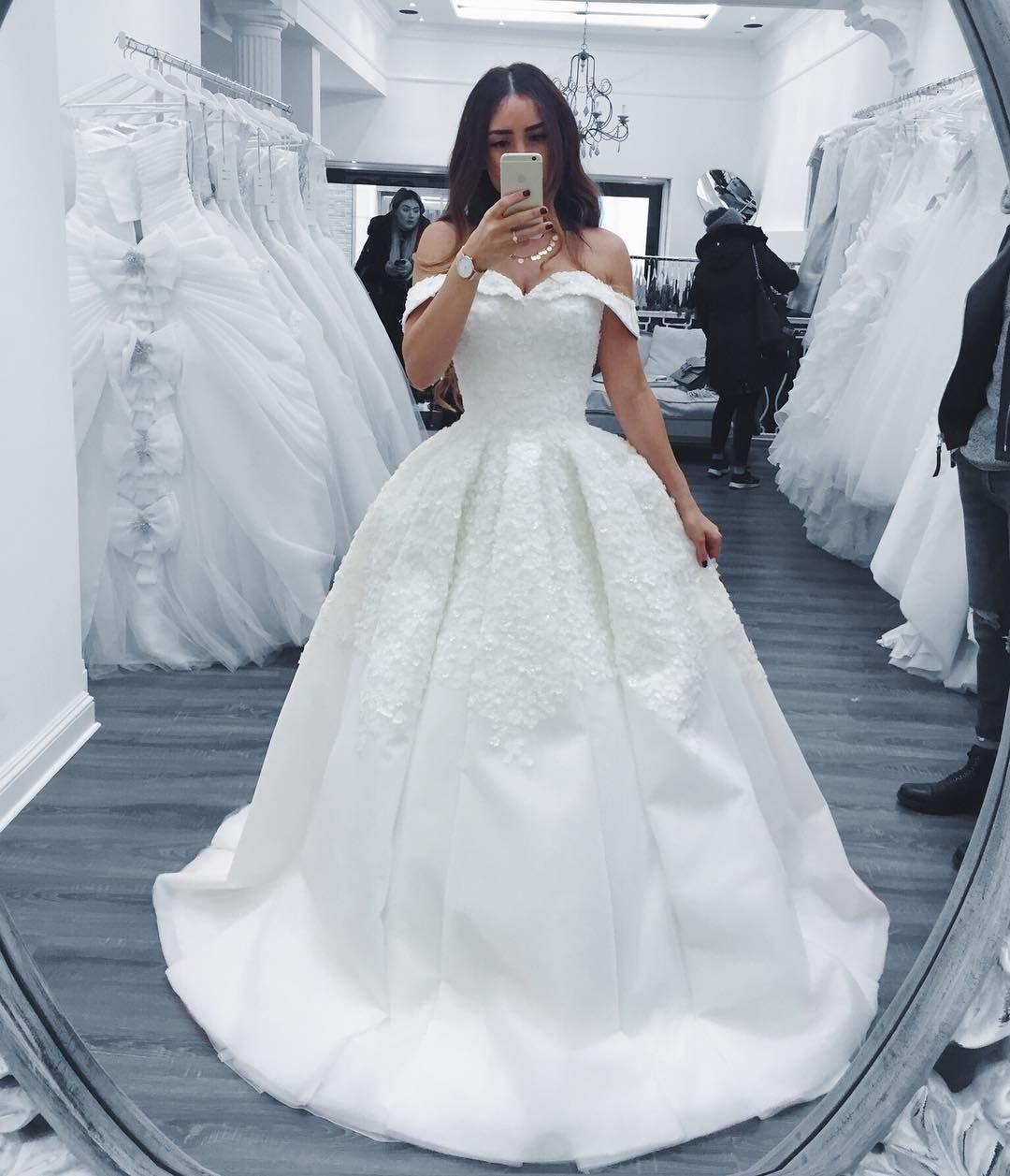 Elif Cocoelif Sur Instagram Wedding Dress By Ebrusanciozturk Via Boutique Ikon