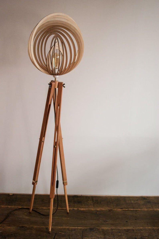 Tripod Floor Lamp Wood 60iger