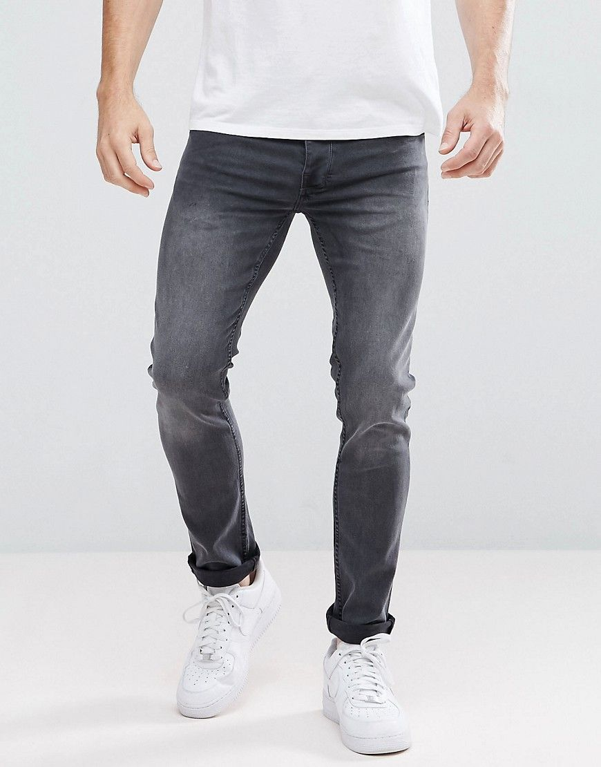 Get this Voi Jeans's skinny jeans now! Click for more details. Worldwide shipping. Voi Jeans Skinny Fit Jeans - Black: Jeans by Voi, Stretch denim, Black wash, Regular rise, Concealed fly, Functional pockets, Skinny fit - cut very closely to the body, Machine wash, 98% Cotton, 2% Spandex, Our model wears a W 32 Regular and is 188cm/6'2 tall. Known for their revolutionary wash techniques and innovative design methods, Voi was founded in 1988 and offers a full range of men�s clothing with…