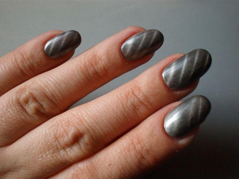 magnetgel streifen grau silber winter n gel pinterest streifen silber und grau. Black Bedroom Furniture Sets. Home Design Ideas