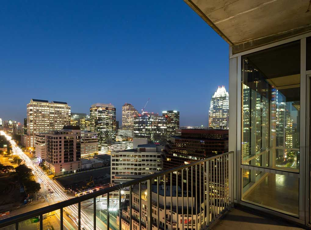 Experience Downtown Austin Right From Your Balcony Downtown Austin Downtown