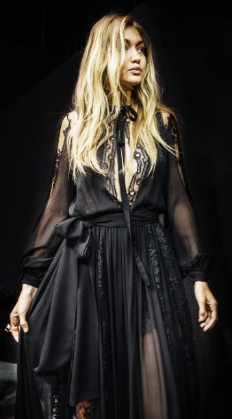 ELIE SAAB Backstage Ready-to-Wear Spring Summer 2016