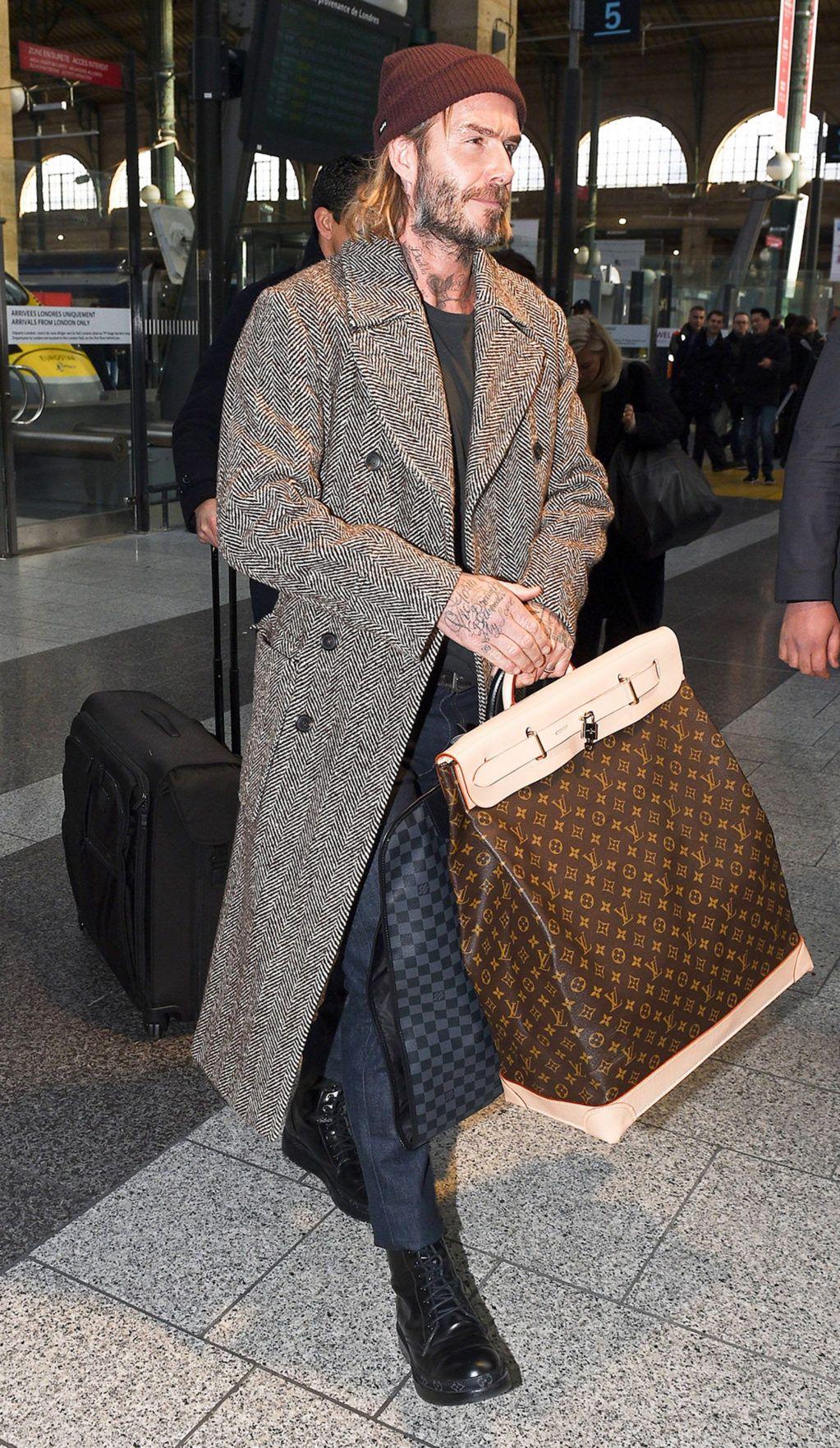 Дэвид Бекхэм и его саквояж Louis Vuitton в 2020 г