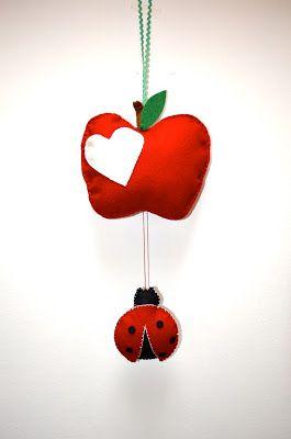 Wonderland: Apple and ladybug - Mela e coccinella