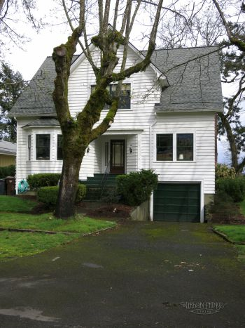 My girl and I have been traveling around seeing some of the locations that  the movie Twilight filmed at. Come with us on our Twilight Tour, and see it  too.
