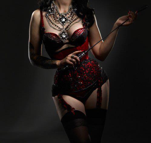 sexy-corset-images-cum-white-girl-hugging-black-girl