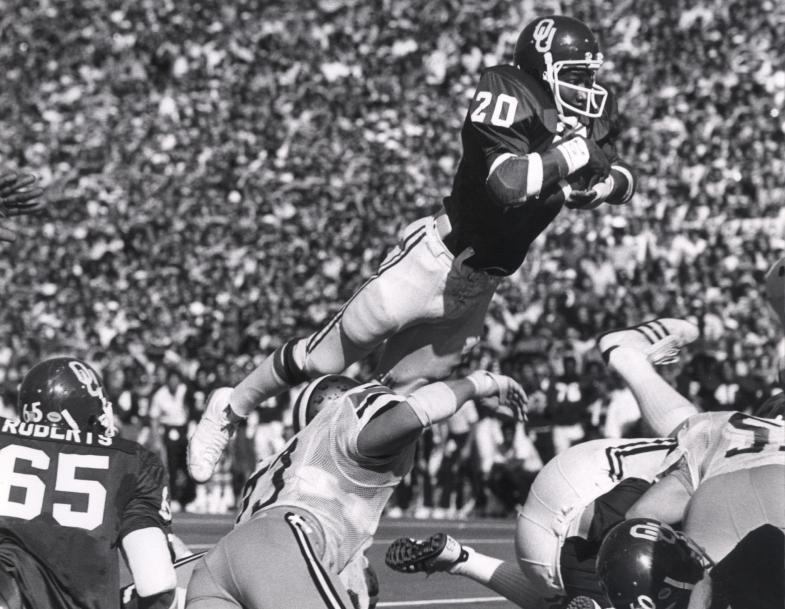 Billy Sims! Oklahoma sooners football, Sooners, Ou sooners