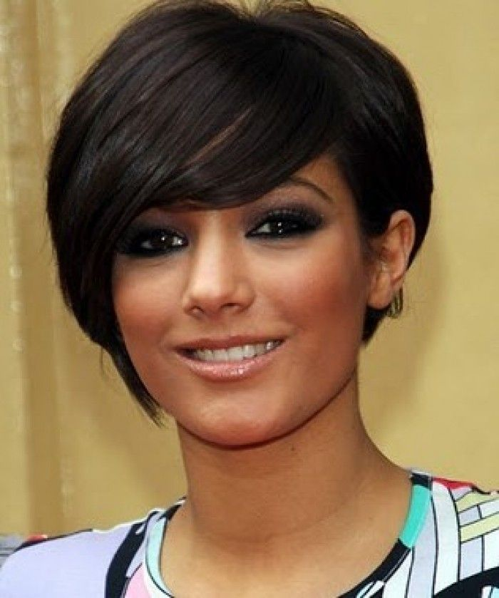 Asymmetrical Bob With Bangs For Round Faces Hair Color Ideas And