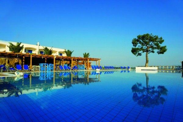 club lookea authentique kinetta 4 athenes promovacances sejour grece pas cher grece pas. Black Bedroom Furniture Sets. Home Design Ideas
