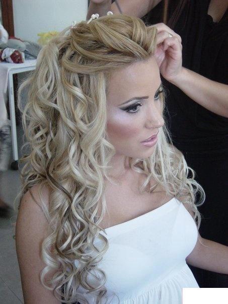 11 peinados para novia de cabello largo peinados para - Peinados de fiesta cabello largo ...