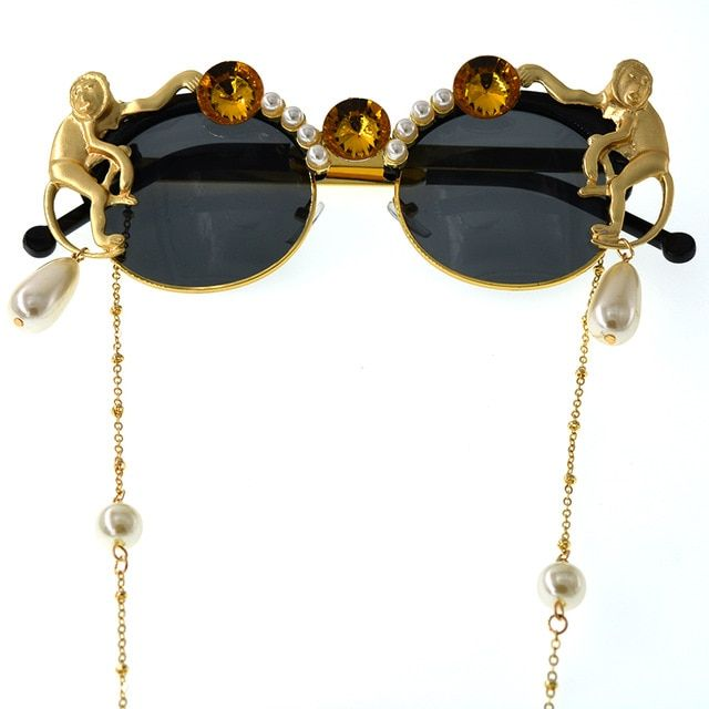 e4709af7f7 2019 Lady Gold Monkey Baroque Sunglasses Brand Metal Retro Leopard Frame  Beach Metal Chain Pearl Round