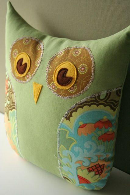 How To Make Cute Owl Pillows : Owls pillows-10 DIY Pillows For Your Home Owls Pinterest Accent pillows, Cute pillows and ...