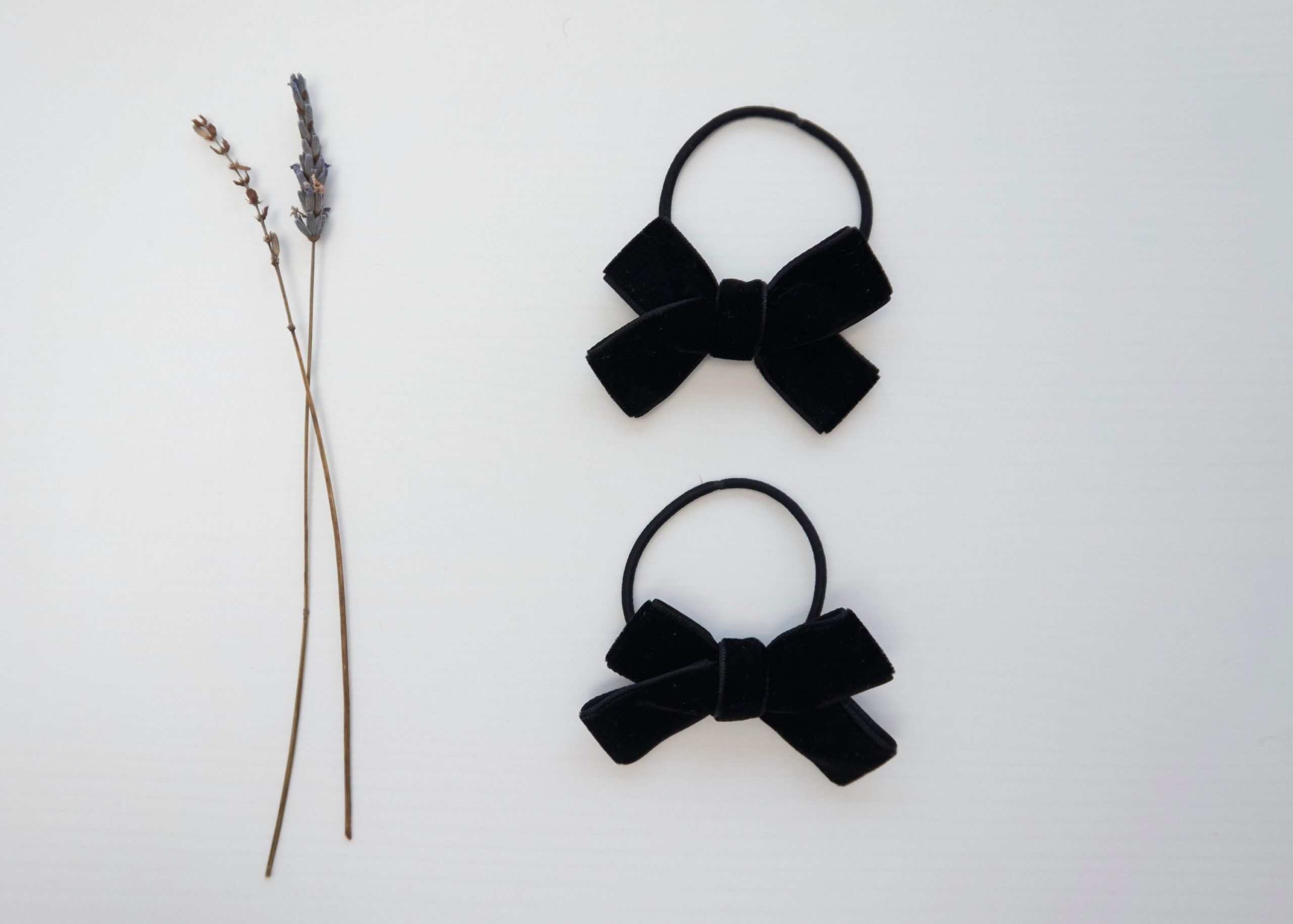 Bow hair tiesScrunchieHair accessoriesPonytail tiesBowsKids hair tiesKids Hair accessoriesPigtail hair tiesGirls hair tiesHair ties  Excited to share this item from my sh...