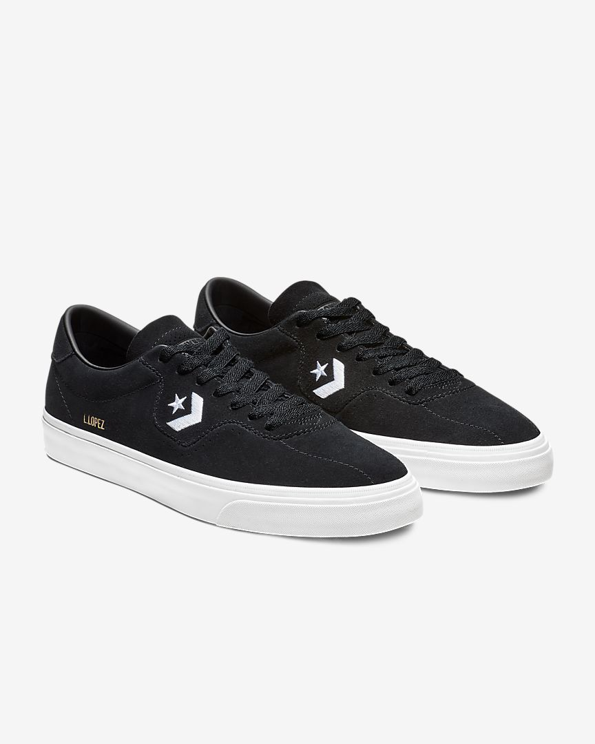 Converse Louie Lopez Pro Low Top Men's Shoe </p>                     </div> 					<!--bof Product URL --> 										<!--eof Product URL --> 					<!--bof Quantity Discounts table --> 											<!--eof Quantity Discounts table --> 				</div> 			</dd> 						<dt class=