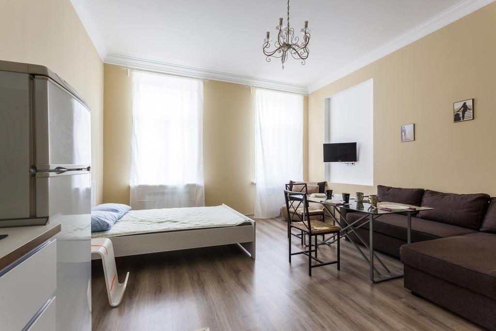 Booking.com: Apartamento RentalSPb 4 Studio Antonenko , São Petersburgo, Rússia - 57 Opinião dos hóspedes . Reserve já o seu hotel!
