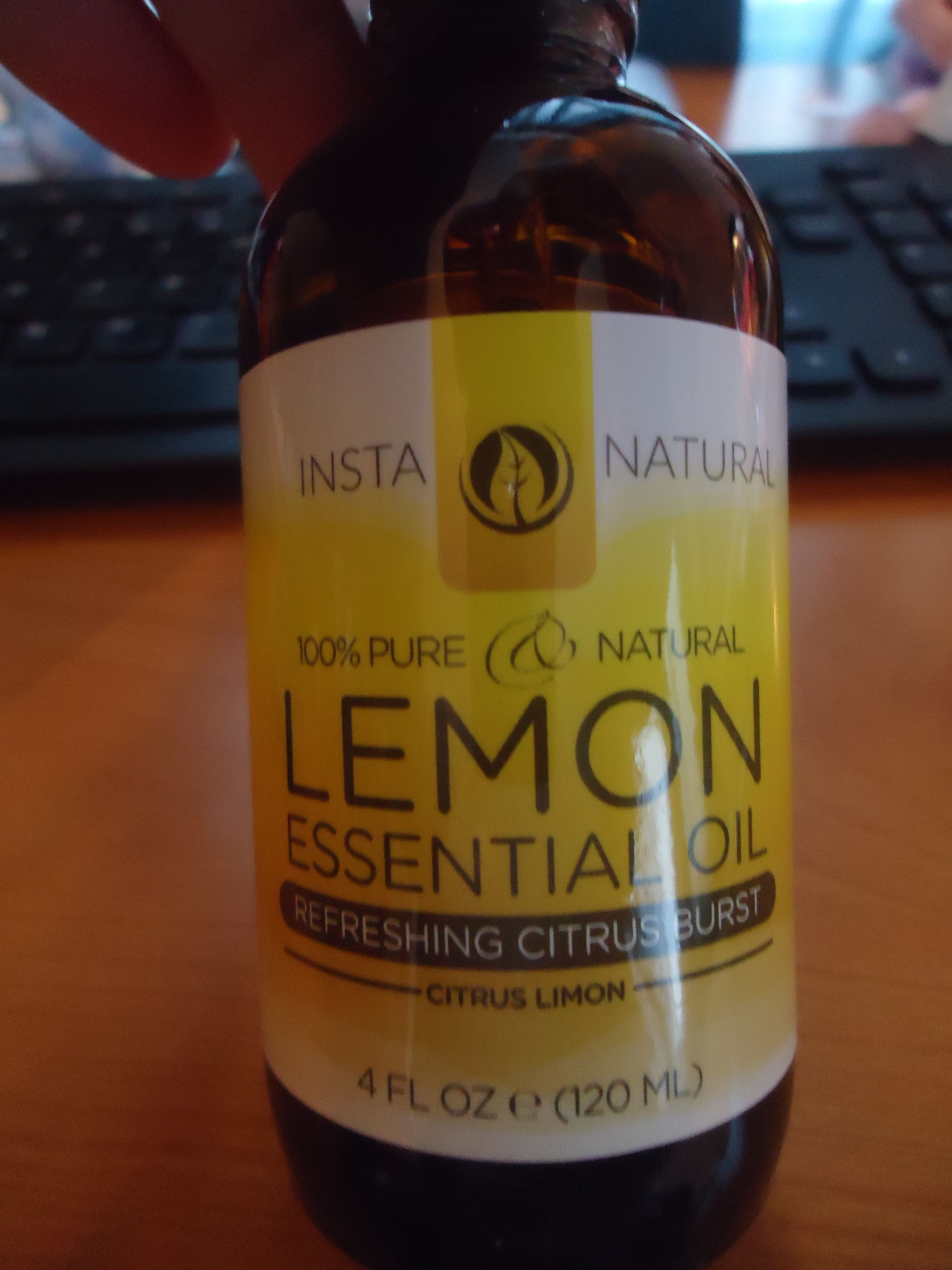 Lemon & Peppermint Essential Oils  As long as I can remember I always heard people suggesting and using Aromatherapy and Essential Oils for everything from health, cleaning and relaxation...