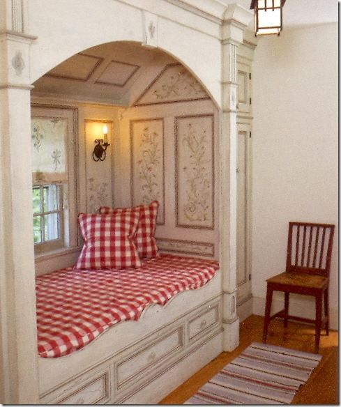 Sweet alcove bed or reading nook (via Muraca Design Notebook: Alcove Beds)