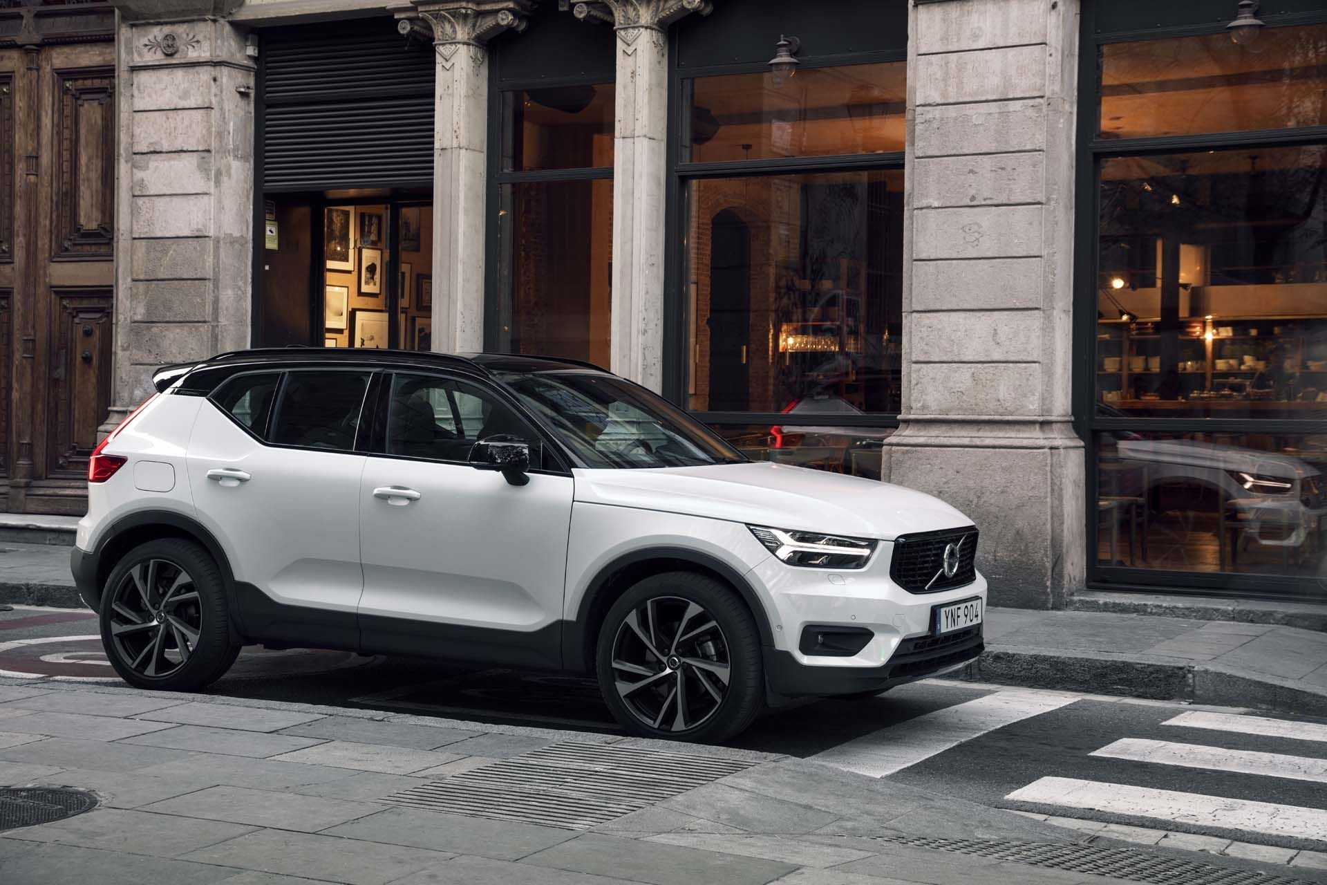 The Cx40 Volvo 2019 Specs With Images Volvo Volvo Suv Volvo Cars