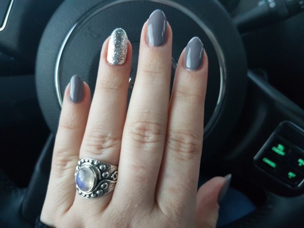 New Year\'s Eve nail design. \