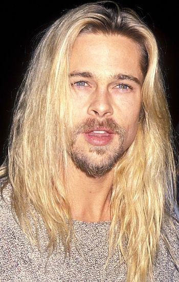 brad pitt at mtv music awards 2013 | Brad Pitt in 1994.