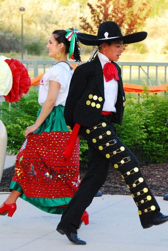 Photo Of Mexican Pajamas Yahoo Search Results Mexican Culture Traditional Dance Mexico