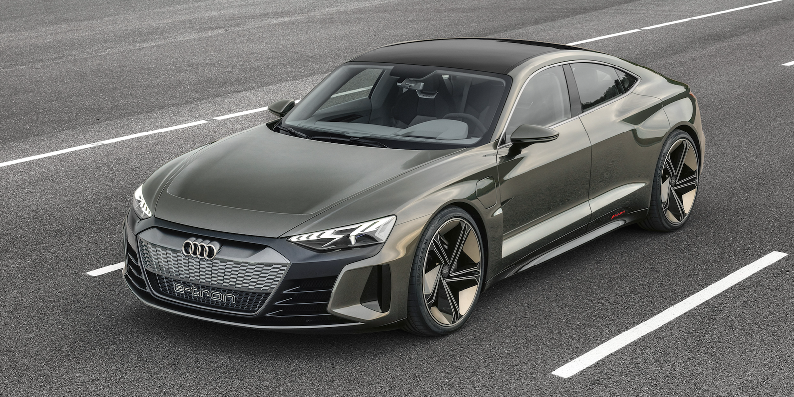 The Audi E Tron Gt Concept Is Widebody 590 Hp Performance Ev Of Future
