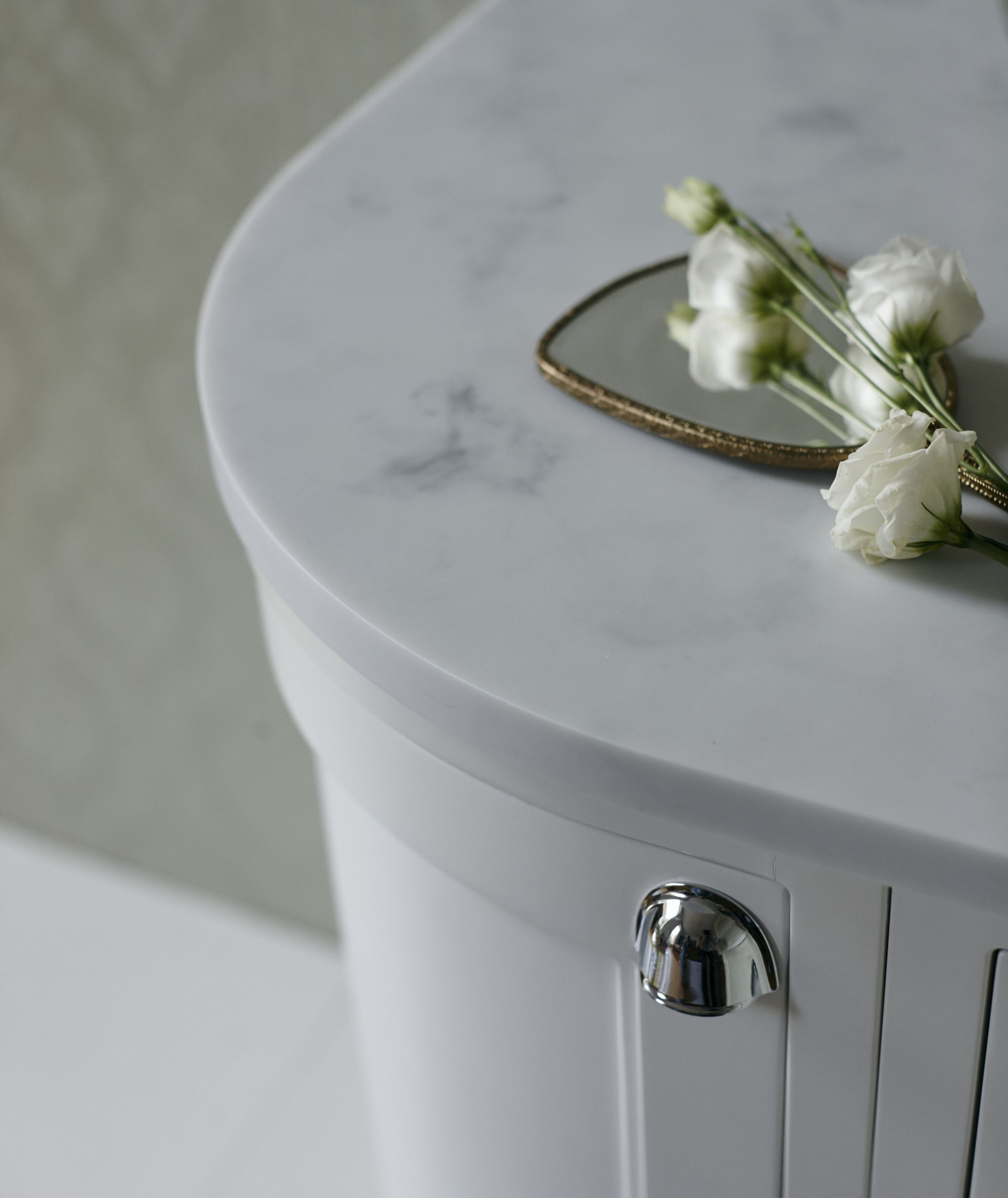 Minerva worktops offer superior strength with a beautiful ...