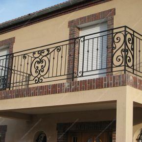 garde corps en fer forg balcon terrasse traditionnels. Black Bedroom Furniture Sets. Home Design Ideas