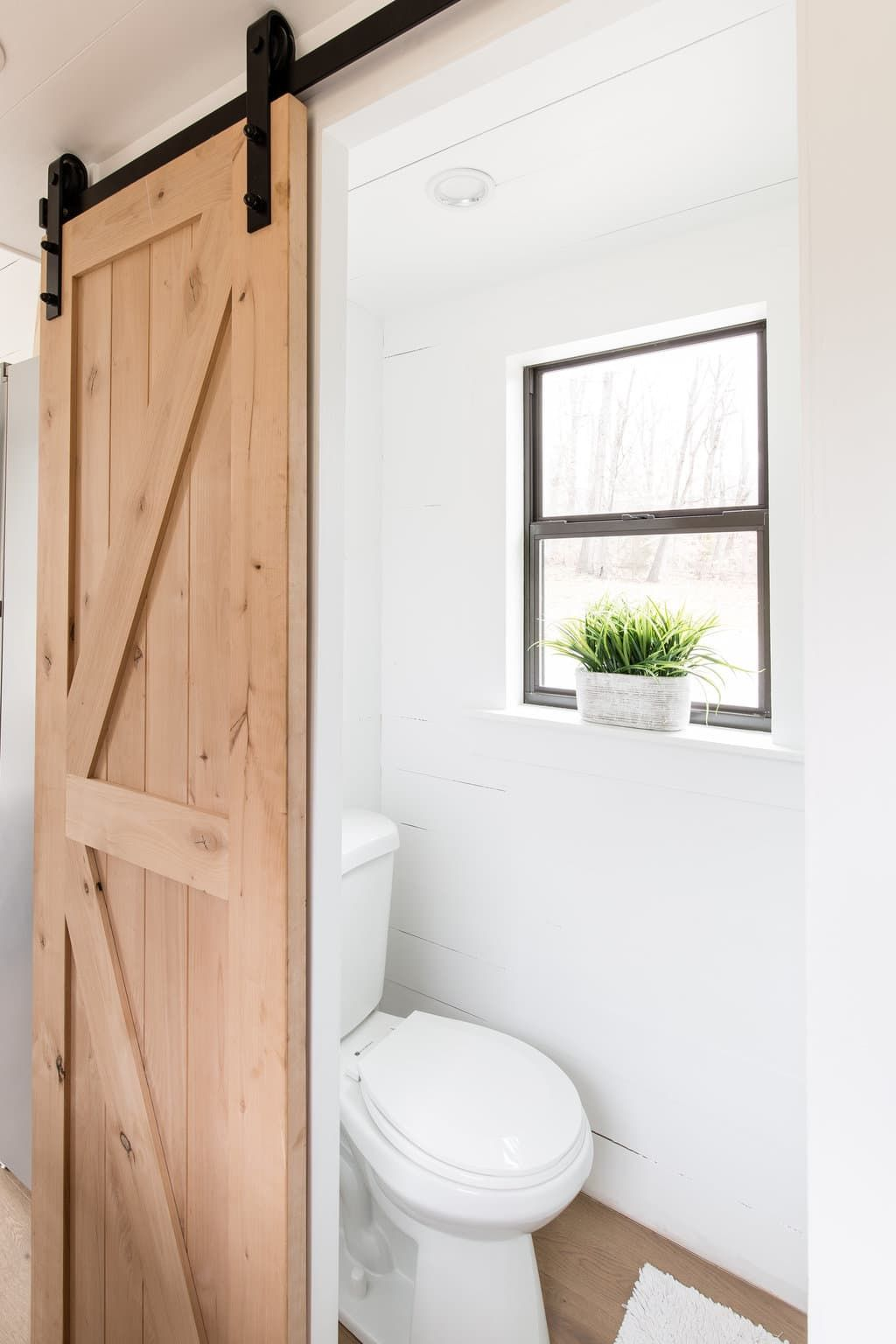 5 Brilliant Small Space Solutions Inspired by Tiny Homes | Small ...