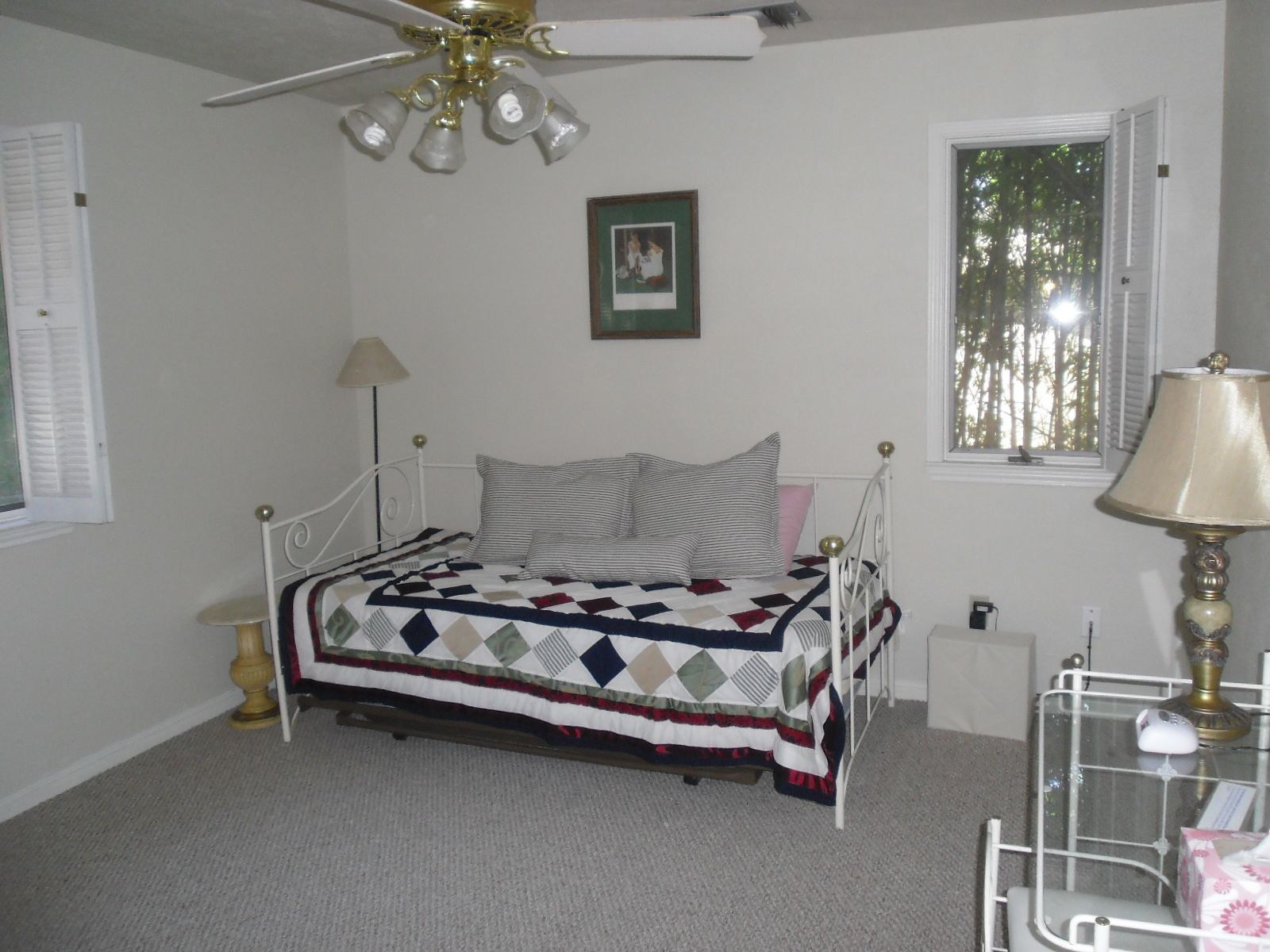 This bedroom has twin bed with trundle, sleeping 2 in this room.