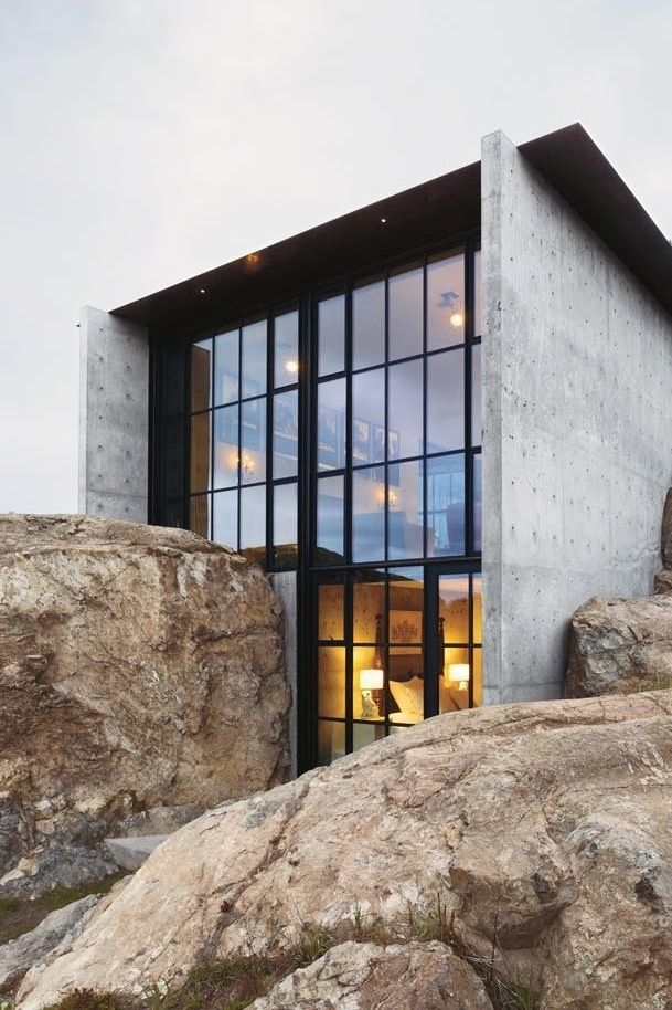 Modern Concrete House With Glass Walls: Concrete House By Olson Kundig Architects In Architecture