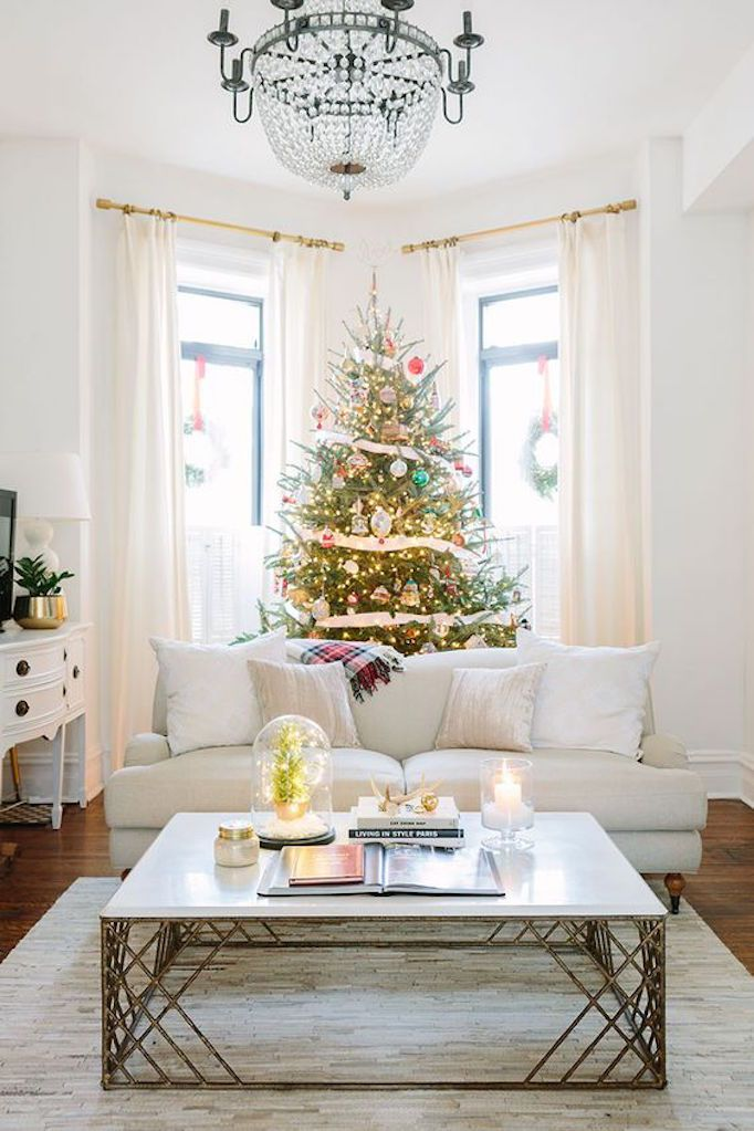 Best of 2017 Holiday Home ToursBECKI OWENS Holidays, Living rooms
