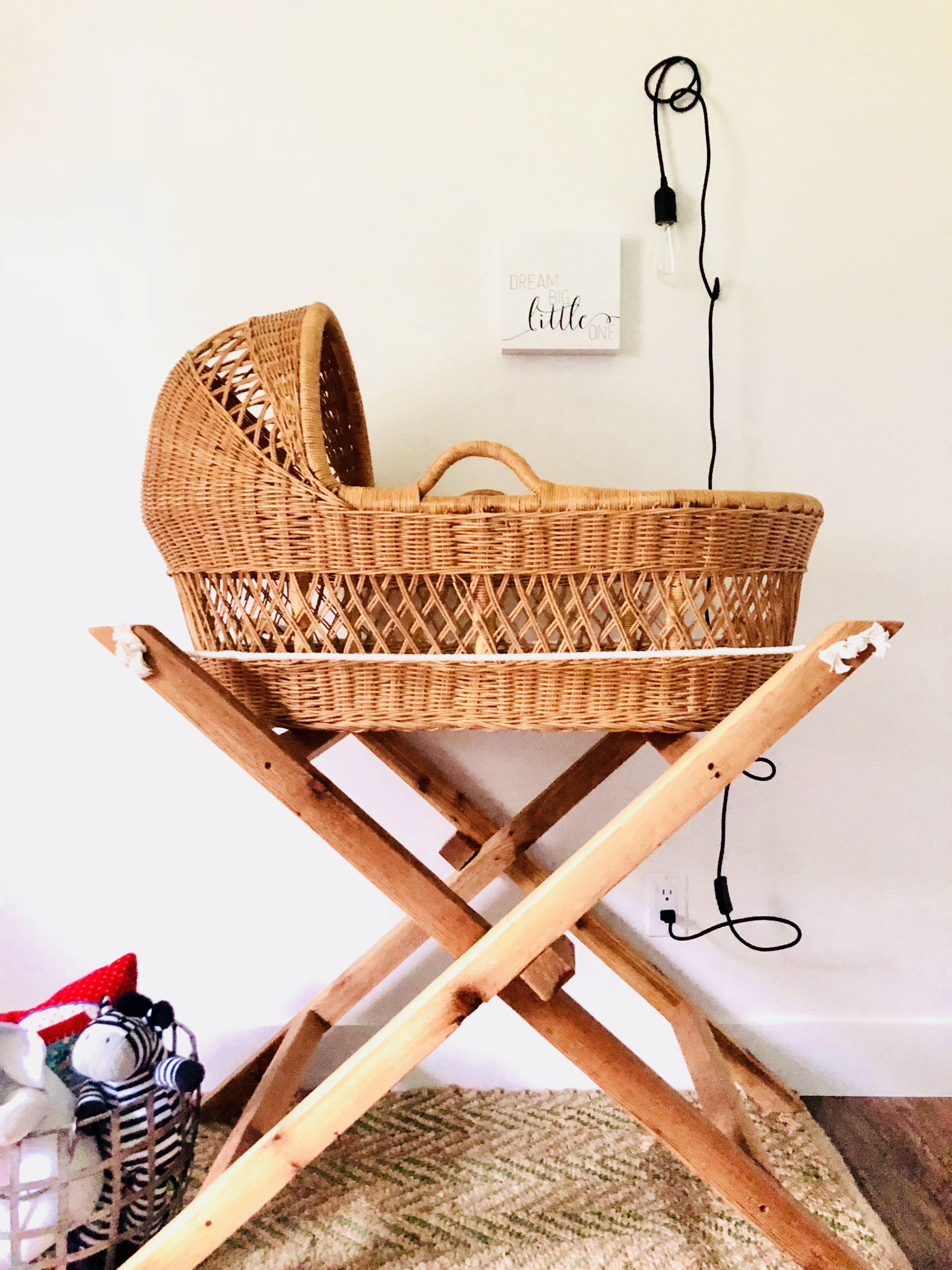 c298e67810c Modern and Foldable Bassinet Stand DIY   Nursery & Kids Room: Inspo ...