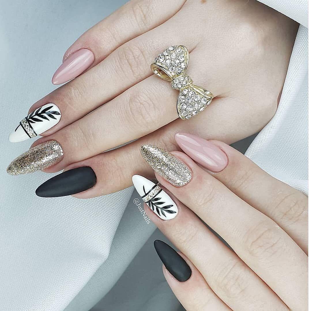 Pin de JaZz Torres en Salon nails Manicura de uñas, Uñas