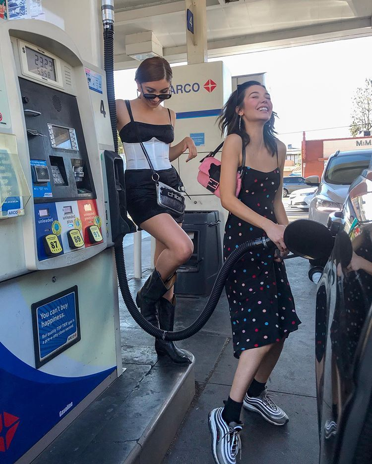 """Photo of Amanda Steele on Instagram: """"omg pumping gas is so funny"""""""