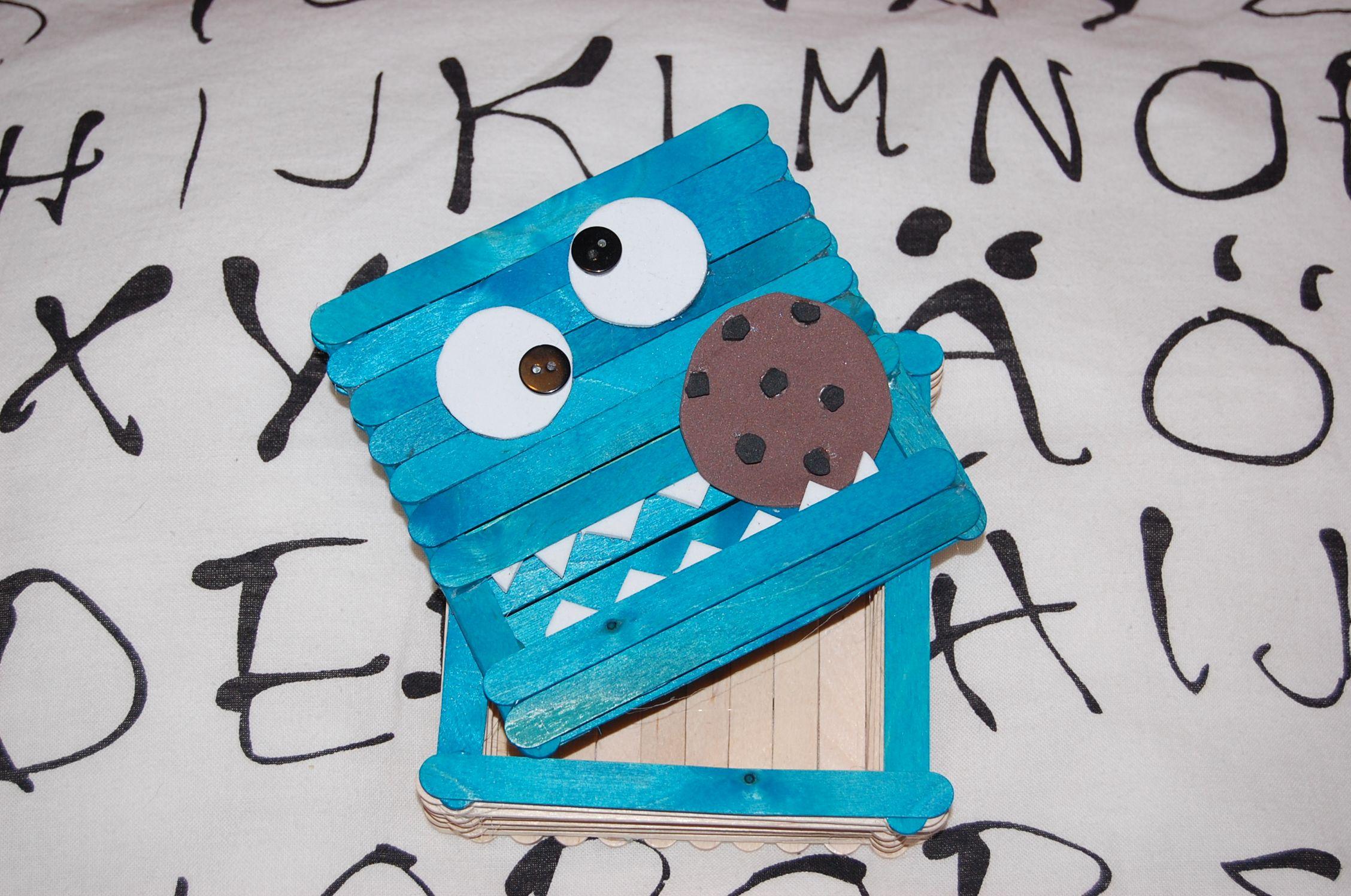 """Caja """"monstruo de las galletas"""""""
