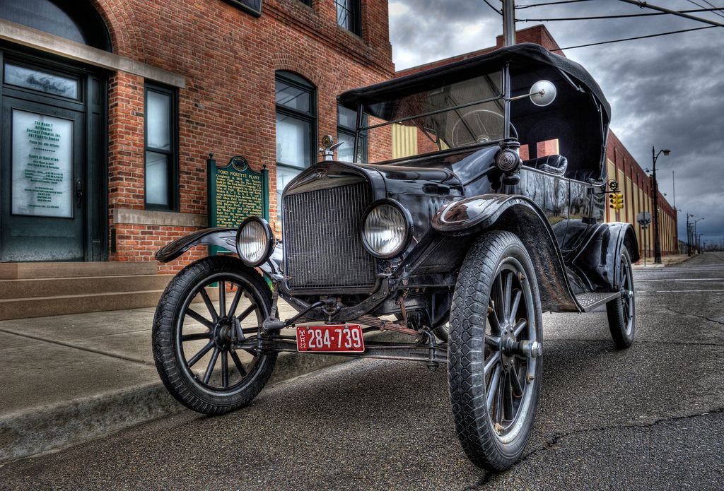 Model T circa 1922 Futuristic cars, Classic cars